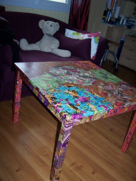 Customiser table basse vernis colle - Customiser une table basse en bois ...