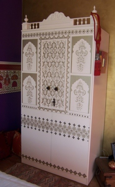 concours photo customisation fred armoire indienne. Black Bedroom Furniture Sets. Home Design Ideas